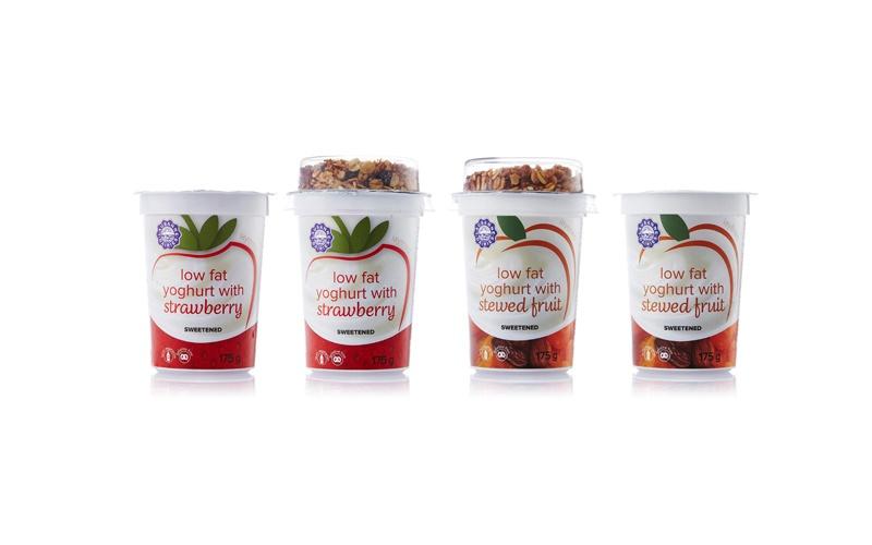175 g Plain Yoghurt + Fruit Layer with muesli / stewed fruit